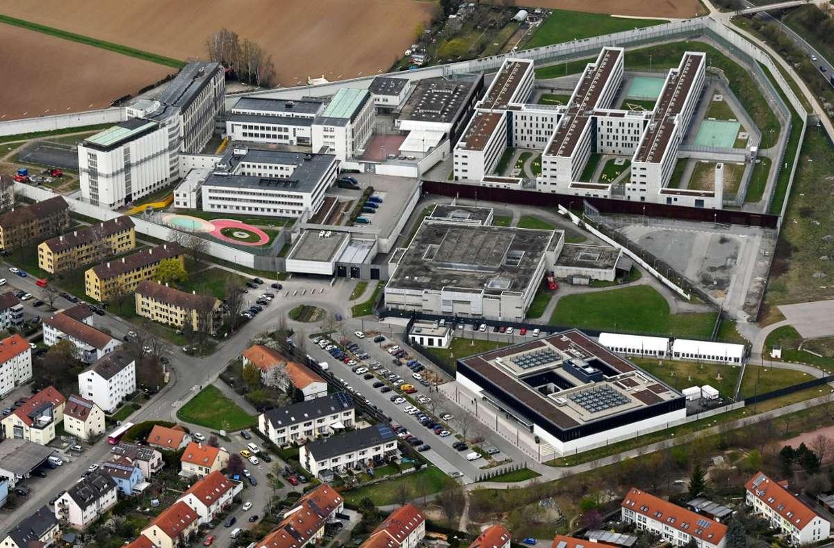 In der JVA in Stuttgart-Stammheim soll es mehrere Corona-Infektionen geben (Archivbild). Foto: dpa/Werner Kuhnle