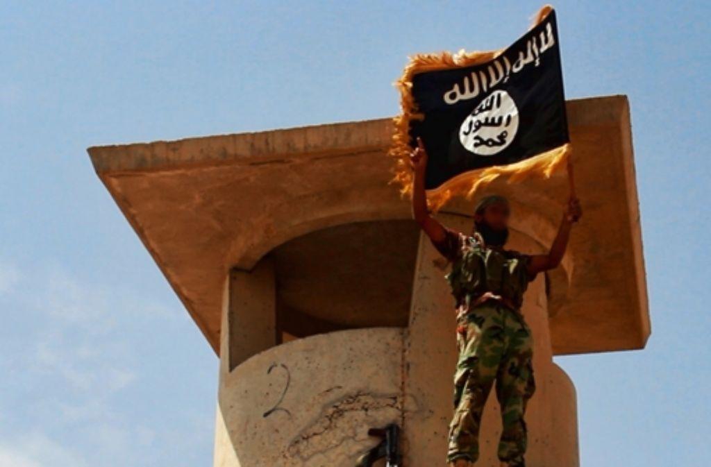 Terrororganisationen wie der IS waschen ihre Gelder aus Straftaten. Foto: Mauritius