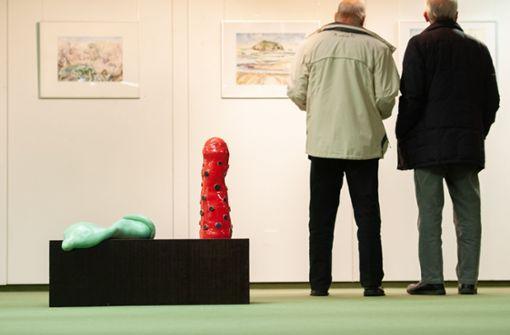 """Bunte """"Penis""""-Skulpturen sorgen für Aufsehen"""
