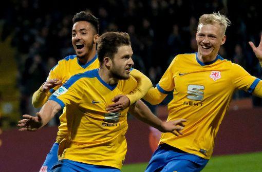 Hannover nach 1:0-Derbysieg vorerst Zweitliga-Spitzenreiter