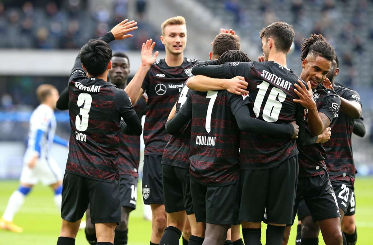 Jubel in Berlin. Der VfB hat erneut ein Auswärtsspiel gewonnen. Foto: Baumann