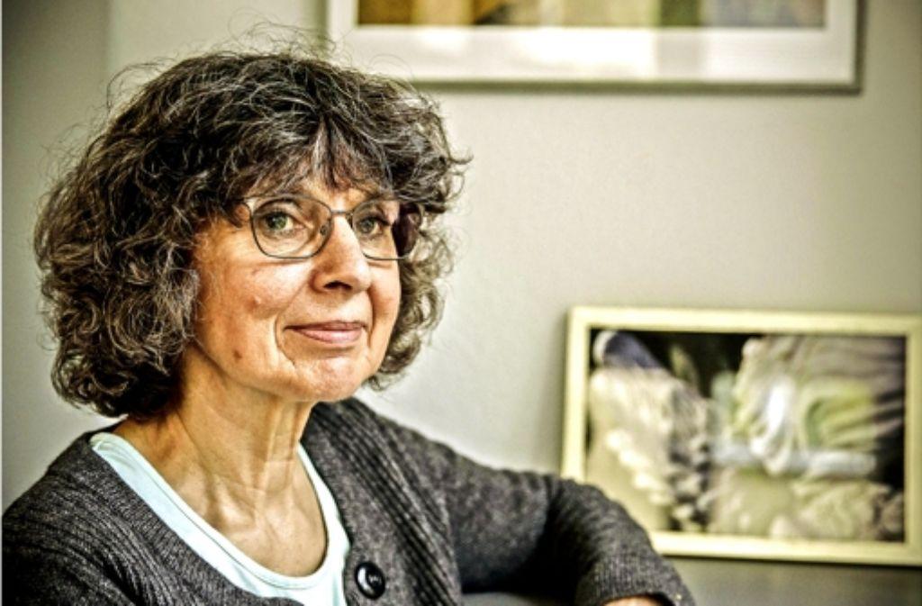Susanne Müller   begleitet Sterbende in Pflegeheimen. Foto: Lichtgut/Leif Piechowski