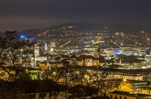 Großstadtlichter lassen Stuttgart leuchten