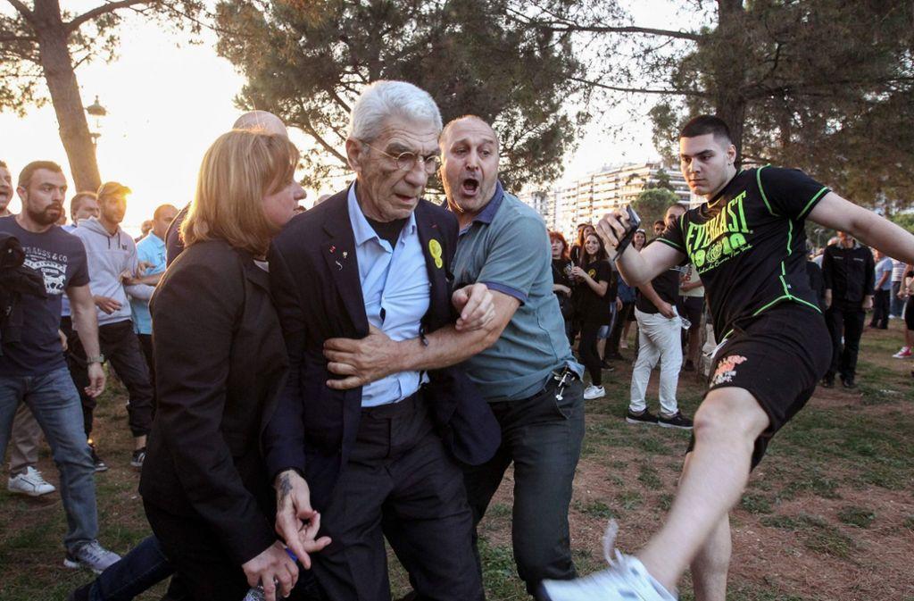 Angriff auf den Bürgermeister von Thessaloniki. Foto: Eurokinissi