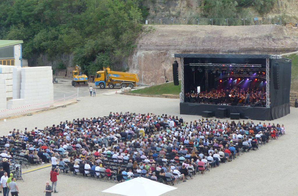 Voller Sound vor prächtiger Kulisse: Auch im nächsten Jahr könnte der Steinbruch Bayer oberhalb von Stetten Schauplatz eines spektakulären Events sein. Foto: Hans-Dieter Wolz