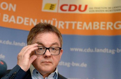 Guido Wolf steht innerhalb der baden-württembergischen CDU unter Druck – will von Rücktritt nichts wissen. Obwohl es offenbar aussichtslos ist, trifft sich Wolfs Partei am Samstag noch einmal mit der SPD. Foto: dpa