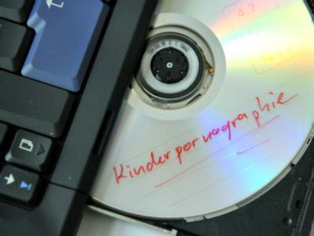 In Stuttgart-Süd hat die Polizei zwei Computer, mehrere Speichermedien und eine externe Festplatte beschlagnahmt. Foto: dpa/Symbolfoto