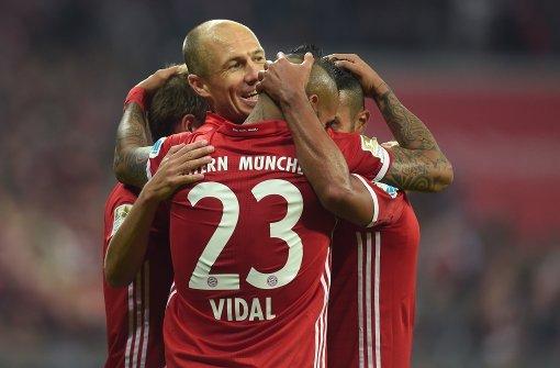 FC Bayern auf Erfolgskurs, Bremen kassiert Rückschlag