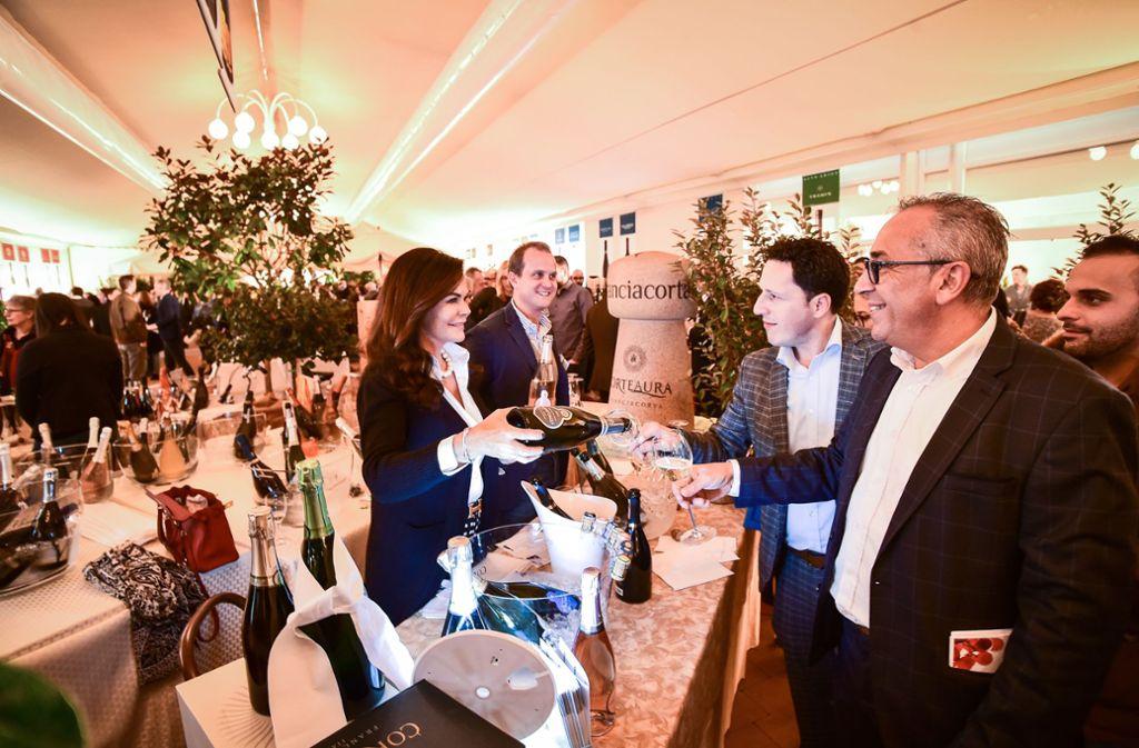Zum Wohl:Großer Andrang bei der Weinmesse Fischer & Trezza Foto: Lichtgut / Ferdinando Iannone