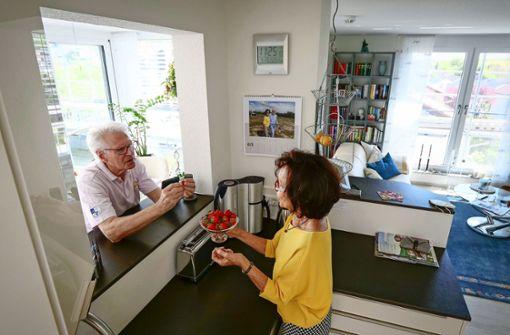 Was zieht zwei fitte Senioren ins Pflegeheim?