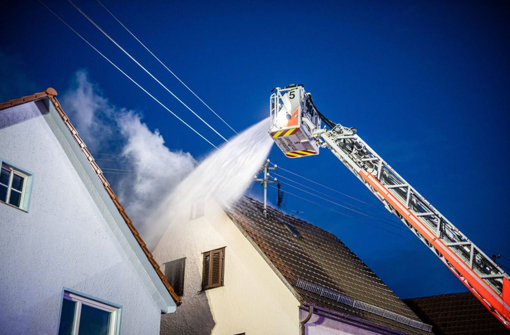 Die Feuerwehr musste zu einem Einsatz nach Stuttgart-Sillenbuch. Foto: 7aktuell.de/David M. Skiba