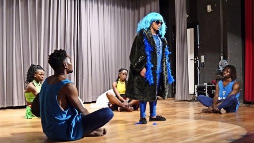Singen, tanzen und schauspielern für eine bessere Welt