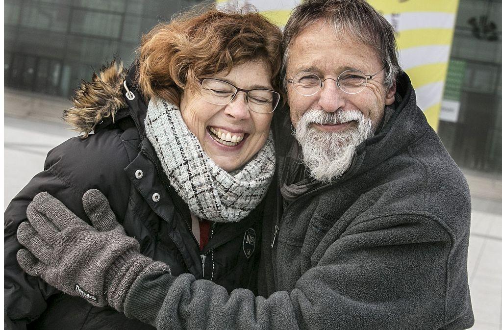 Steffen Siegel und Gabi Visintin vor den Messe-Hallen Foto: Lichtgut/Horst Rudel