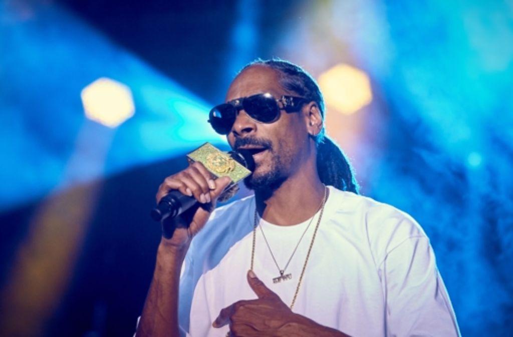Snoop Dogg in Stuttgart: Billig geht anders, und am Ende setzt es Pfiffe. Weitere Eindrücke zeigt die folgende Fotostrecke. Foto: Lichtgut