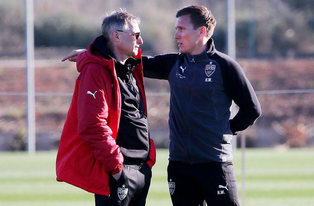 Zum Siegen verdammt: Sportchef Reschke (li.), Trainer Wolf Foto: Baumann
