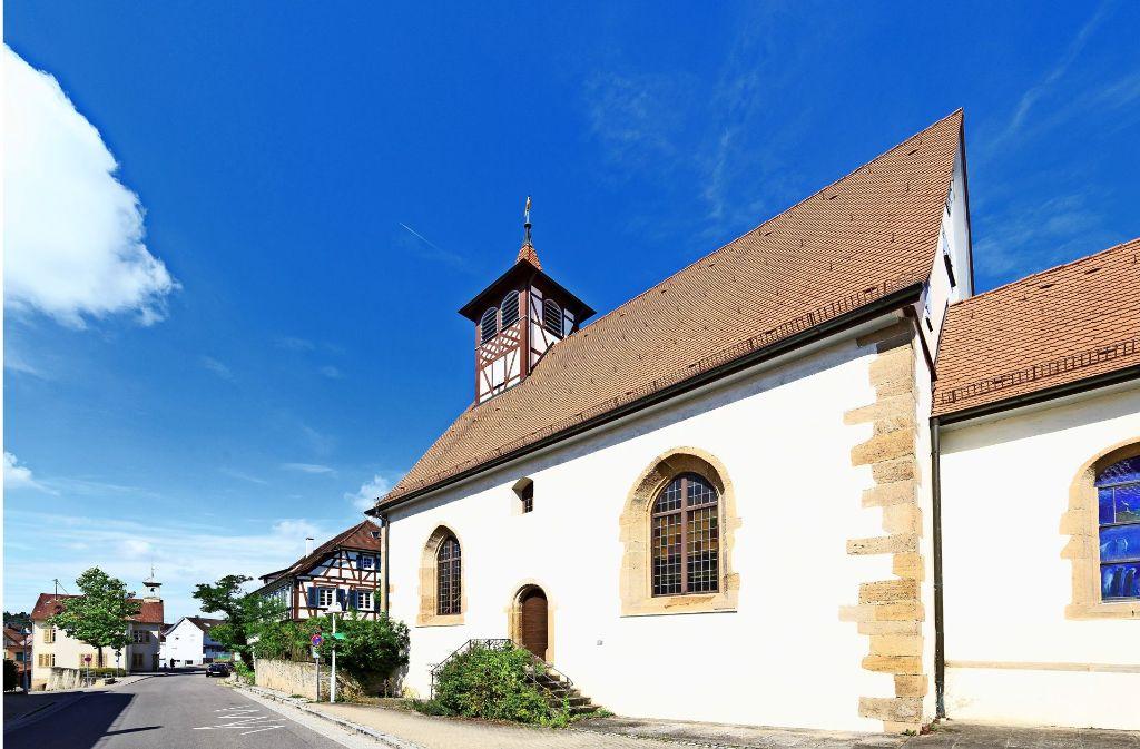 Die prächtige Dorfkirche geht auf das Jahr 1562 zurück. Foto: Thomas Krämer