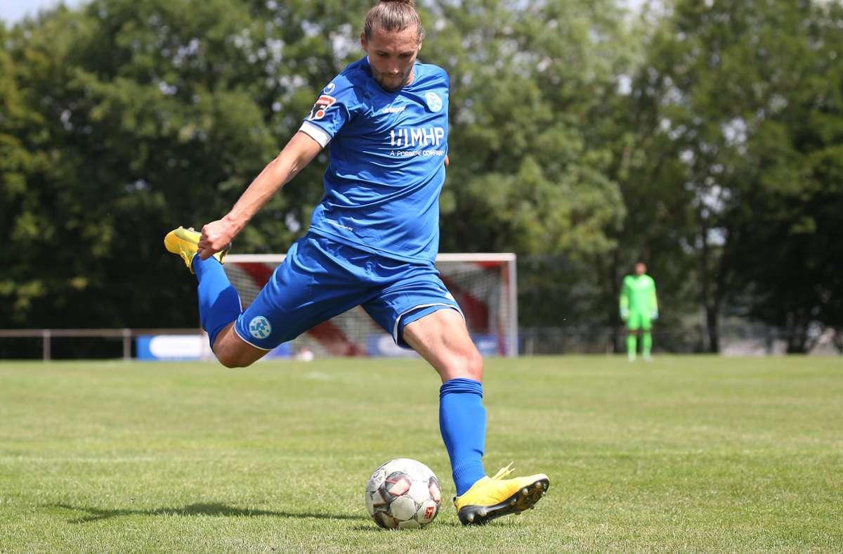 Beim 9:2 im Testspiel vergangenen Samstag beim SV Vaihingen hatte Mijo Tunjic drei Tore erzielt, nun fällt der Stürmer erst einmal verletzt aus. Foto: Baumann