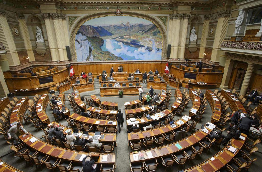 Im Schweizer Parlament ist die Christlich-demokratische Volkspartei (CVP) zur Zeit mit 25 Foto: Parlamentsdienste 3003 Bern