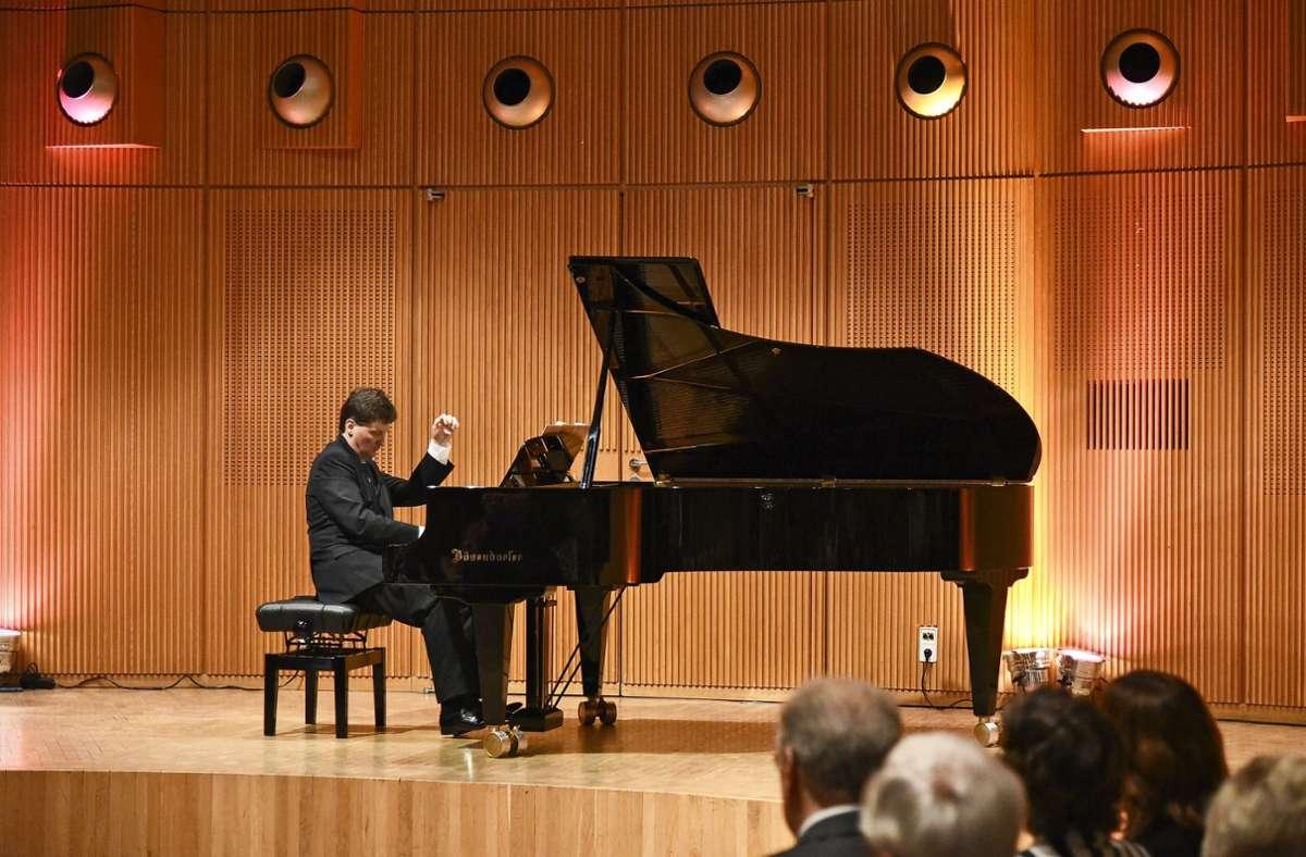 Christoph Soldan begeisterte das Publikum im Odeon schon bei der dritten Klaviernacht im September 2017. Foto: Kreiszeitung Böblinger Bote/Thomas Bischof