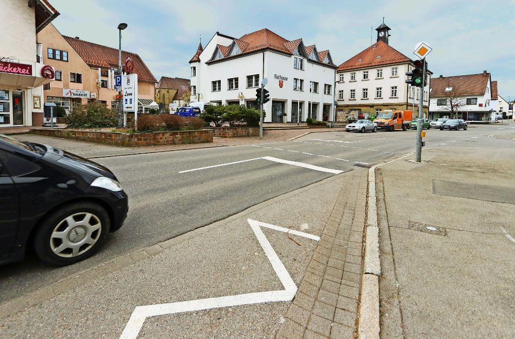 Auf Höhe der heutigen Fußgängerampel soll ein Zebrastreifen angelegt werden. Foto: factum/Granville