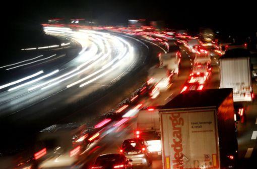 Lkw-Unfall bei Freiberg bremst Autofahrer aus