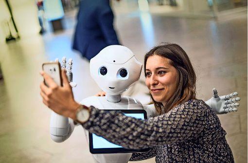 Ein Selfie mit Roboter Pepper