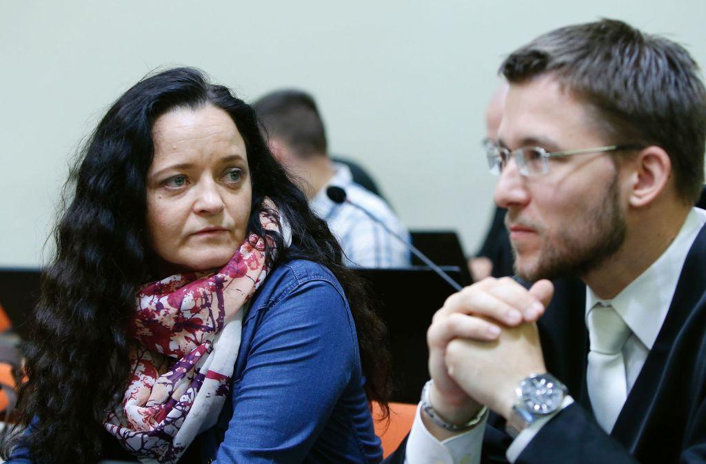Beate Zschäpe (links), bildete mit Uwe Böhnhardt und Uwe Mundlos die rechtsterroristische Vereinigung NSU. Foto: POOL