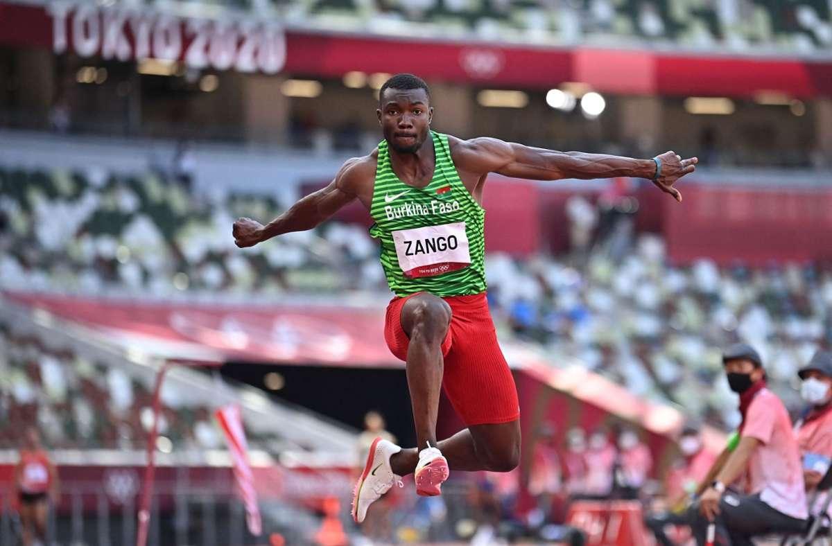 Hugues Fabrice Zango hat Bronze im Blick – und gewinnt die erste Medaille für sein Heimatland. Foto: AFP/BEN STANSALL