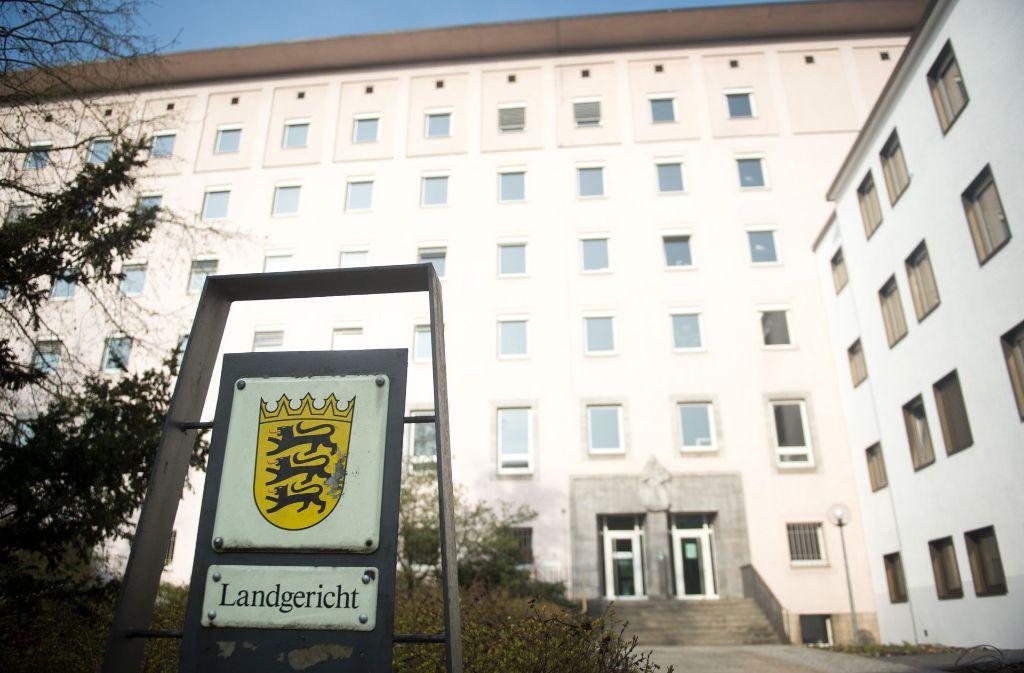 Vier Mitglieder der Brotherhood Germany müssen sich am Landgericht verantworten. Foto: dpa