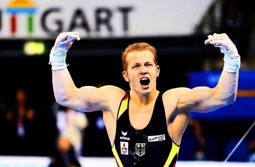 Kraftpaket: Fabian Hambüchen zeigt in Stuttgart seine Muskeln und sein ganzes Können. Foto: Baumann