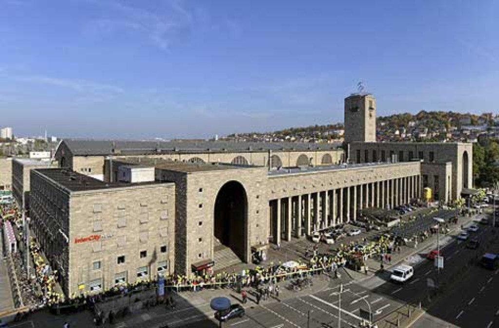 Auch Bundestag und Landtag streiten sich über das umstrittene Bahnrpojekt Stuttgart 21. Foto: dpa