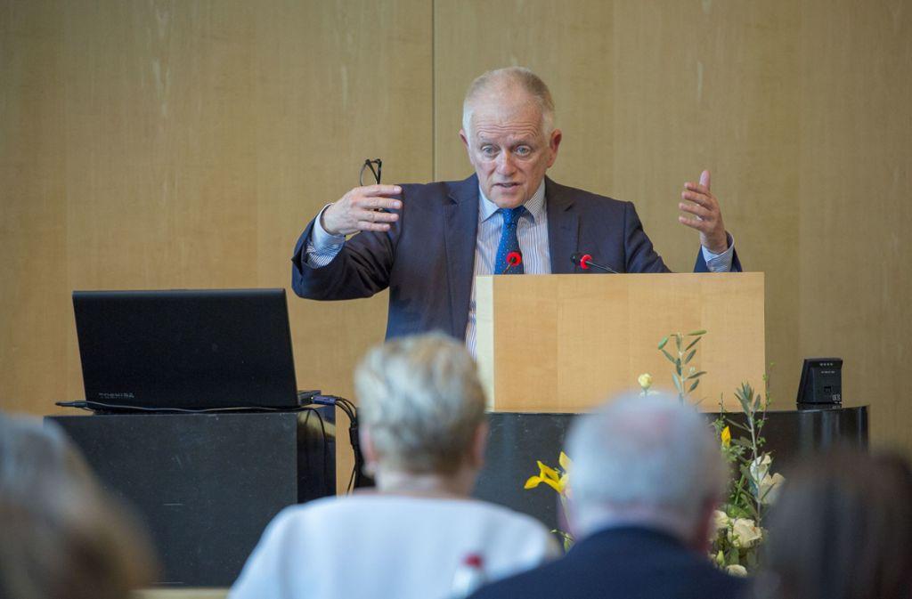 OB Kuhn bei der Generaldebatte des Gemeinderats zum Klimaschutz im April. Foto: Lichtgut/Leif Piechowski