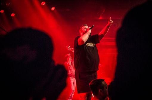 Polizei räumt Konzert nach Drohung