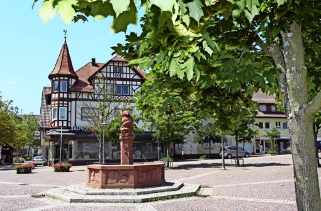 Am Weissacher Marktplatz hat es in diesem Jahr viel zu bereden gegeben. Foto: LKZ-Archiv
