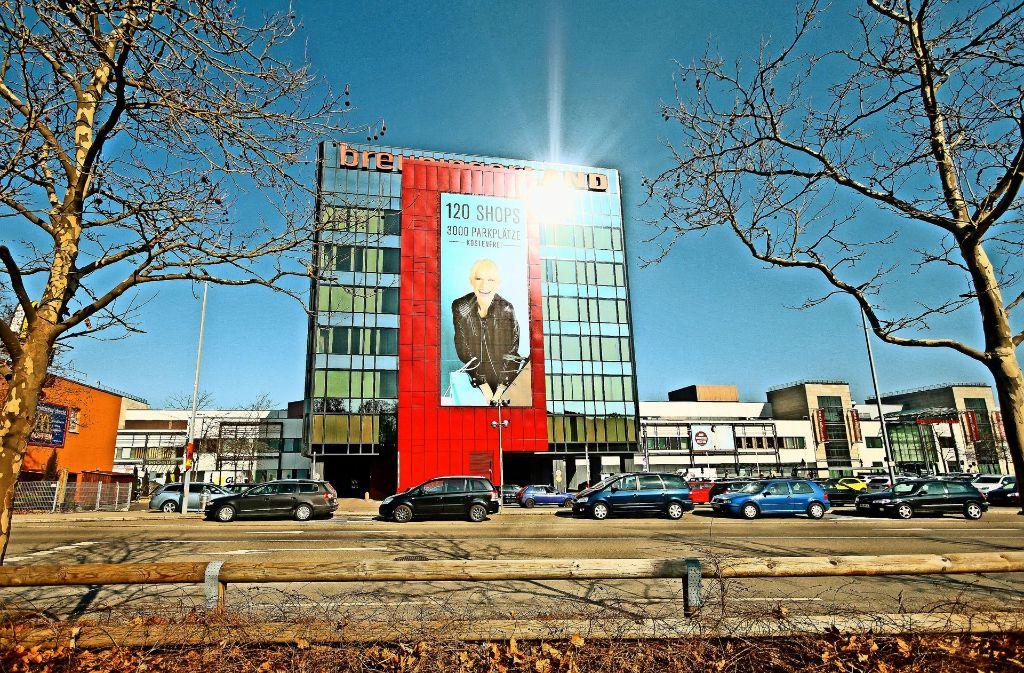 Nach wie vor ist das Breuningerland in Sindelfingen ein Anziehungspunkt für die Menschen  der Region. Foto: factum/Granville