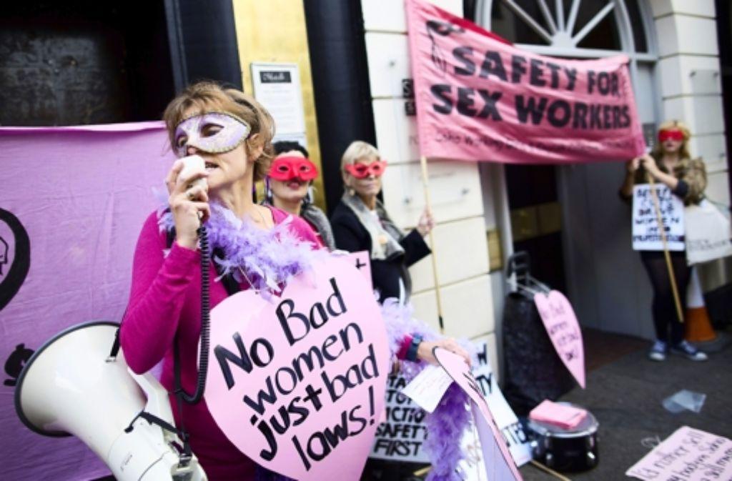 Die Ausbeutung osteuropäischer Frauen in der Prostitution ist ein internationales Thema. Dies ist ein Bild von einem Protest vergangenen Mittwoch in London. Foto: AFP
