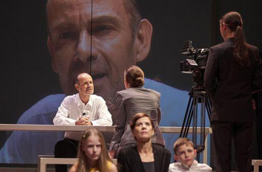 """Regiepreis für Stuttgarter """"Orestie"""""""