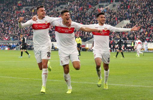 So feiern die VfB-Profis den Derbysieg gegen den Karlsruher SC