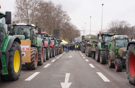 Bauern machen ihrem Ärger in der Stuttgarter City Luft