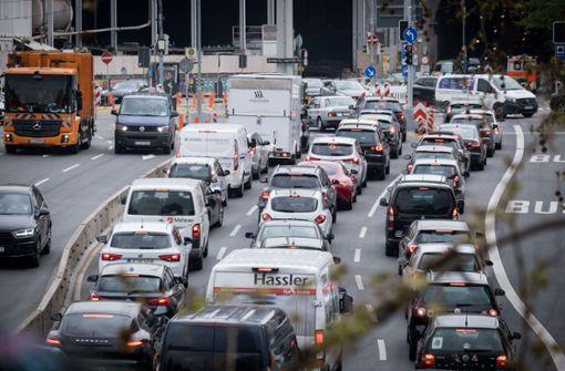 ADAC rechnet mit vollen Autobahnen