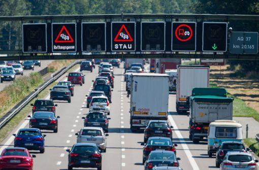 ADAC warnt vor massiven Reiseverkehr am Wochenende