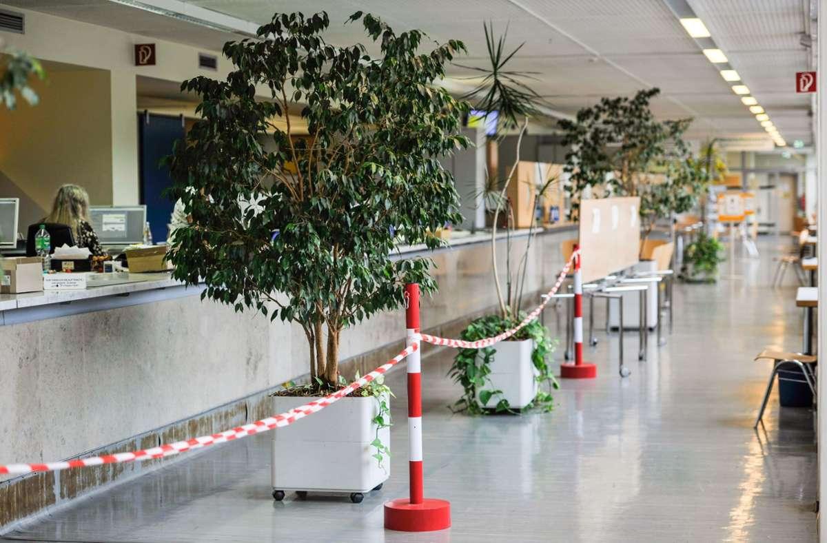 Die Stuttgarter Kfz-Zulassungsstelle ist hoffnungslos veraltet. Gutachter empfehlen einen Neubau und die Neustrukturierung der Abläufe. Foto: Lichtgut/Max Kovalenko