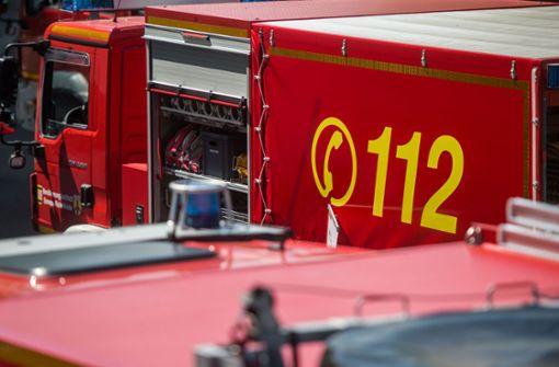 Feuerwehr rettet 21-Jährigen vom Dach der Exfreundin