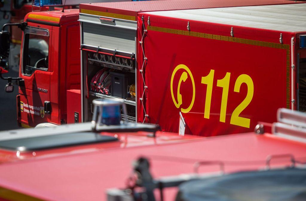Ein Mann musste in Radolfzell vom Dach seiner Exfreundin gerettet werden. (Symbolbild) Foto: dpa