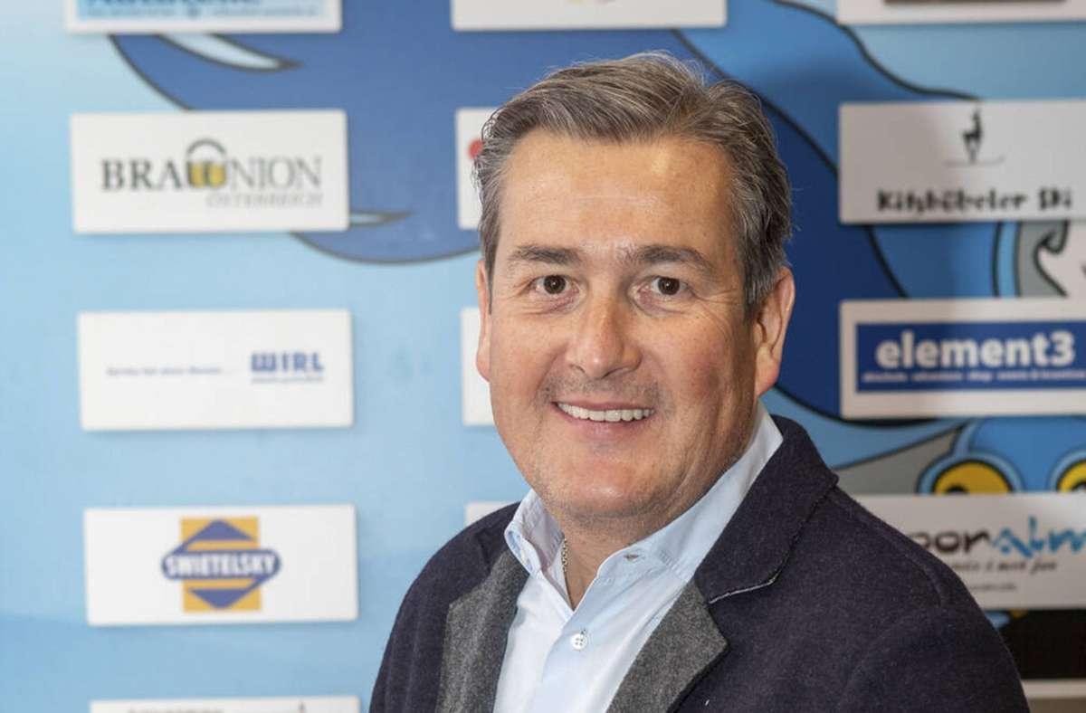 Volker Zeh geht seine Bewerbung um den Präsidentenposten beim VfB Stuttgart viel Optimismus an. Foto: imago/Roland Mühlanger