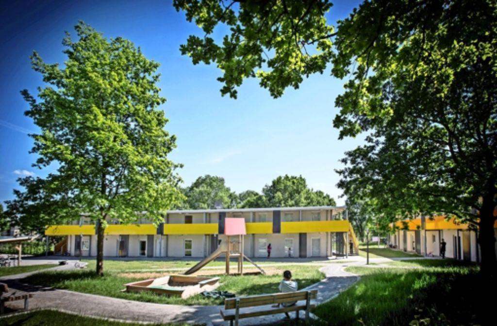Etliche Systembauten wie hier  in Plieningen sind  zur Unterbringung von Flüchtlingen errichtet worden. Es werden noch mehr werden. Foto: Lichtgut/Achim Zweygarth
