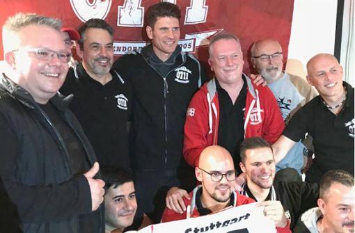 Von Mario Gomez bis Borna Sosa – VfB-Profis besuchen Fanclubs