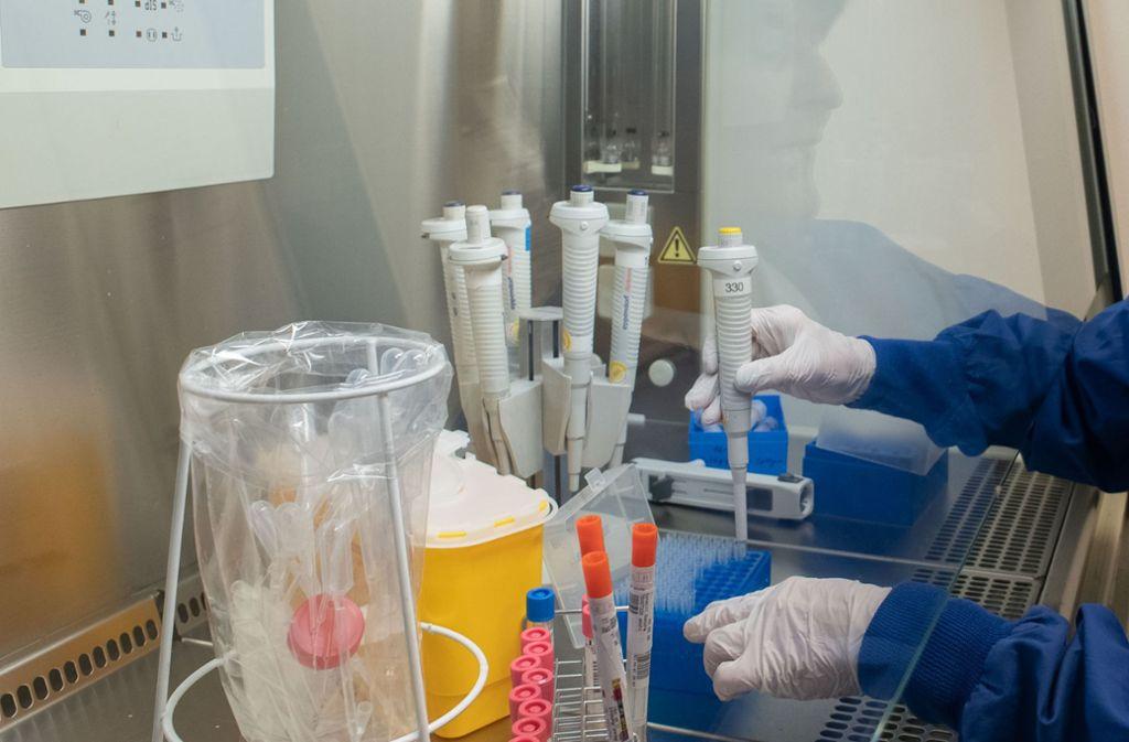 Berichte über das Medikament Remdesivir, dessen Wirkung im Kampf gegen das Coronavirus untersucht wird, haben für Wirbel gesorgt. (Symbolfoto) Foto: Lichtgut/Leif-Hendrik Piechowski