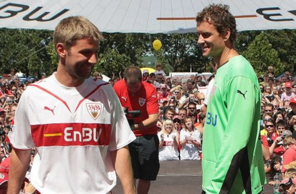 Jens Lehmann und Thomas Hitzlsperger haben beim VfB Stuttgart sowie in der deutschen Nationalmannschaft zusammen gespielt. Foto: Pressefoto Baumann