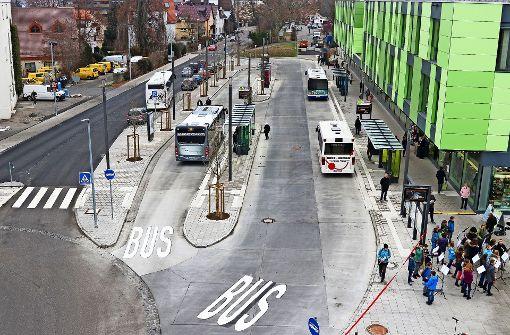 Mit dem Bus zur  Bahn in die Zukunft